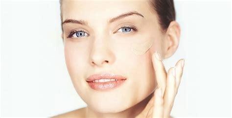Как наносить тональный крем правильно пошаговая инструкция макияжа руками спонжем кистью