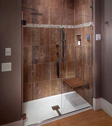 Tile Shower Pan by Best 25 Fiberglass Shower Pan Ideas On