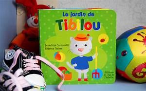 Range Livre Bebe : le premier livre d dicac de b b ptit blog d 39 une illustratrice jeunesse ~ Teatrodelosmanantiales.com Idées de Décoration