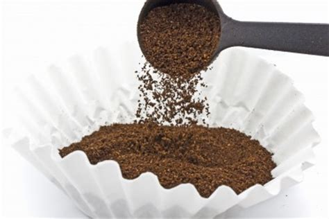 Paper vs. metal coffee filters. Which is best?