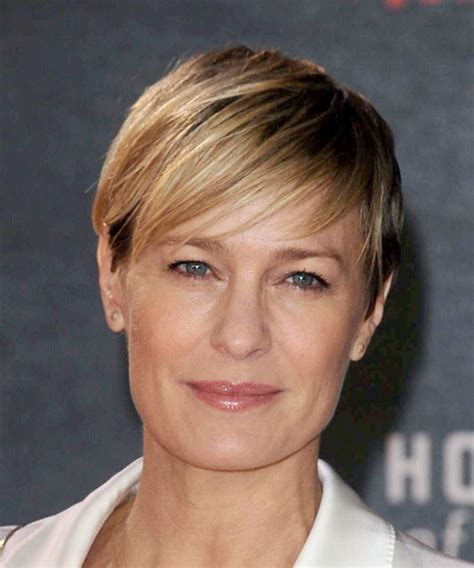 Robin Wright Hairstyles in 2018