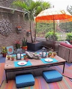 15 idees deco pour profiter dun repas entre amis en plein With amenagement petit jardin avec piscine 15 piscine de luxe pour une residence de prestige design feria