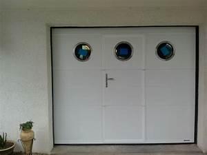 Portes sectionnelles de garage ou service sur mesure for Porte de garage enroulable avec serrurier 75017