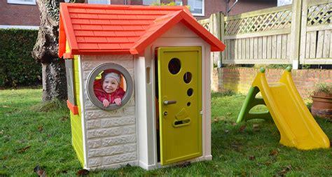 Unser Garten Im Winter  Tolles Spielhaus Von Smoby