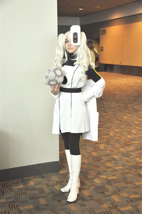 Glados Cosplay Geek Crafts