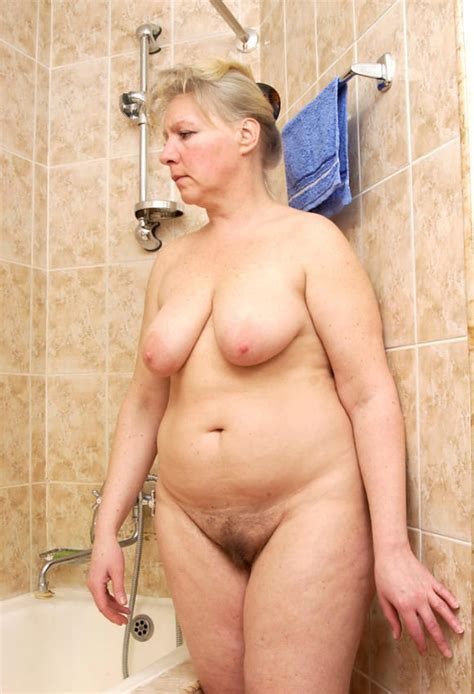 Bbw Granny Washing Her Huge Ass And Boobs Photos Porno Photos Xxx Images Sexe 3252833