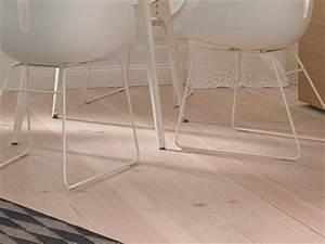 Schöner Wohnen Fußboden : vorher nachher fu boden douglasie hell gelaugt bild 20 sch ner wohnen ~ Markanthonyermac.com Haus und Dekorationen