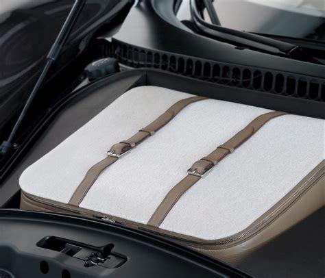 Bugatti veyron 16.4 fbg par hermès one of the cooperations of bugatti was with fbg par hermès. Imagini - Bugatti Veyron Hermes Special Edition