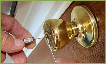 find locksmith   oakland emergency lock  door