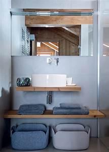 Salle De Bain Grise Et Bois : salle de bains grise toutes nos plus belles inspirations ~ Melissatoandfro.com Idées de Décoration