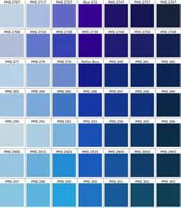 farbpalette blau best 25 pantone azul ideas on cores azuis para banheiro pantone and paletas de