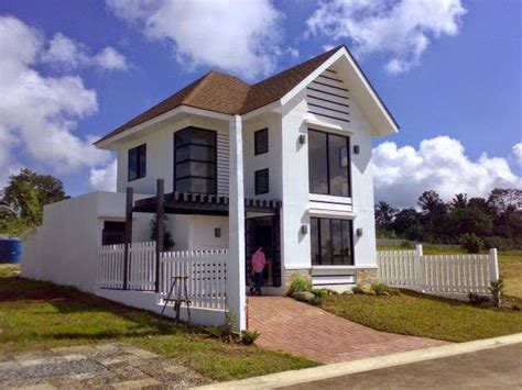 2 house designs 33 beautiful 2 storey house photos