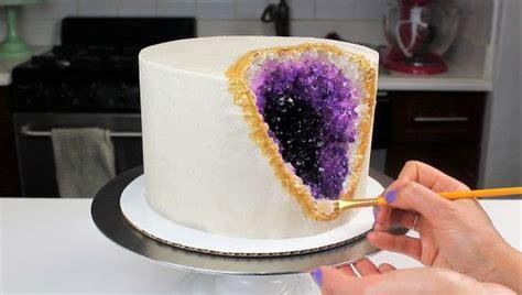 geode cake learn     stunning design  rock