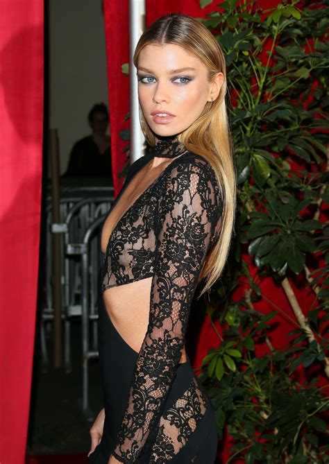 stella maxwell  maxim hot  party  los angeles