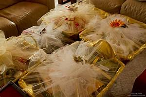 wedding gifts for indian bride from groomjpg 1 440x960 With gift wrapping for indian wedding