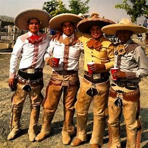 Image result for vaquero mexicano outfits 1800 | Vaquero y Gaucho y Black Cowboys | Pinterest ...