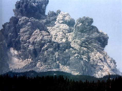 mount st helens 1980 eruption photos