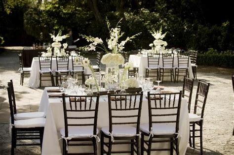 mahogany chiavari chairs with white linens and chair