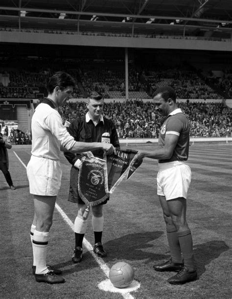 AC MILAN V BENFICA EUROPEAN CUP FINAL » Who Ate all the Pies