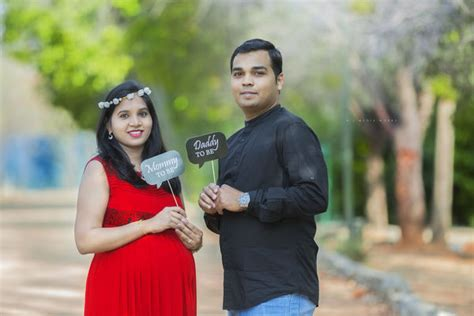 professional maternity photographers  hyderabad