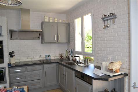 peindre meuble cuisine stratifié relooking cuisine ambiance patine relooking de meubles