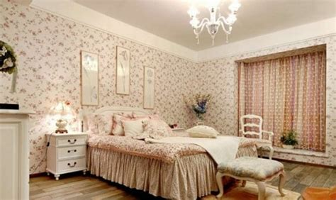 tips ampuh menjadikan wallpaper dinding kamar tetap awet