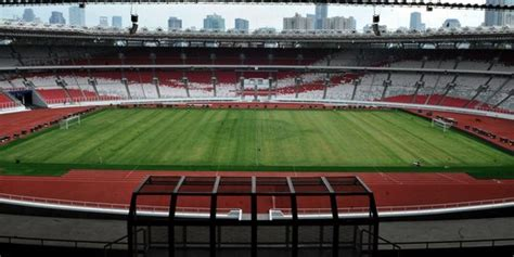 main sepak bola  stadion hingga futsal  gbk cek