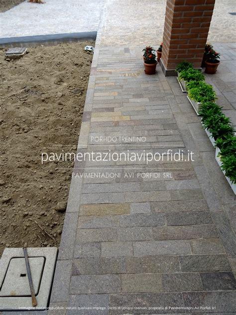 Pavimenti Per Verande by Free Marciapiede Realizzato Con Piastrelle Di Porfido