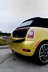 Mini Cooper Cabrio : mini cooper s cabrio review autoevolution ~ Maxctalentgroup.com Avis de Voitures