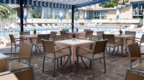 Sedie Per Ristorante Usate by Sedie E Tavoli Per Ristorante Usati Maratonadiverona