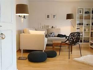 Wandfarbe Für Wohnzimmer : farbgestaltung wohnzimmer einrichten mit farbe ~ One.caynefoto.club Haus und Dekorationen