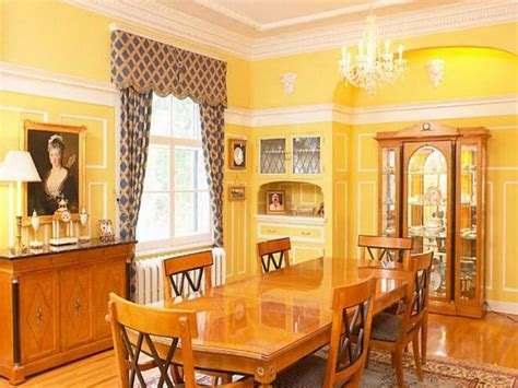 Home Interior Paint Colors : Classic Yellow Interior House Painting Color