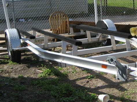 Aluminum Fishing Boat And Trailer by 2008 Aluminum Boat Trailer 14 16ft The Hull