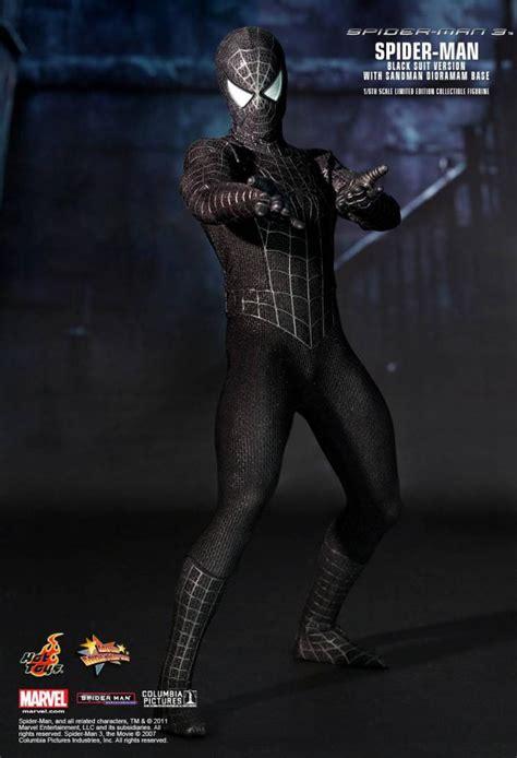 hot toys spider man  spider man black suit version