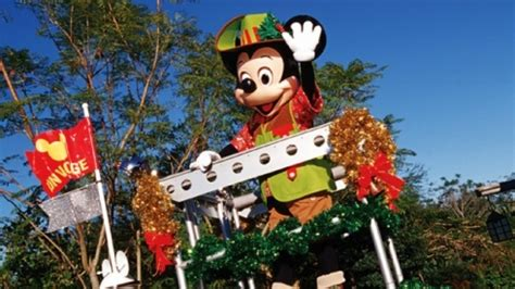 complete guide  walt disney worlds  holiday