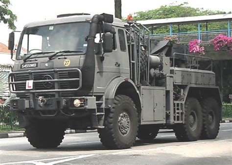 Mercedes x class 6x6 custom is pickup of your nightmares. Mercedes 2628 Series 6x6 Heavy Recovery Military Truck Singapore Armed Forces (SAF) | Trucks ...