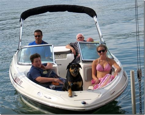 Best Boat For Family Of 5 by Family Boating Images Search