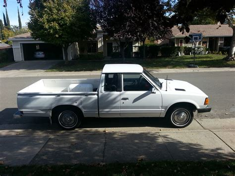White Datsun by King Cab Two Wheel Truck White Excellent Condition