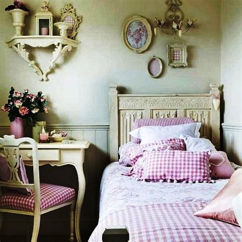 estilo shabby chic decorar con antiguedades on pinterest decoration home folding scre