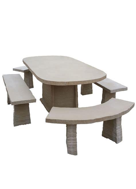 mobilier de jardin en reconstituee table de jardin ovale en reconstitu 233 e avec bancs 10 places