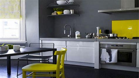 peinture laque meuble cuisine 20 idées déco pour une cuisine grise deco cool com