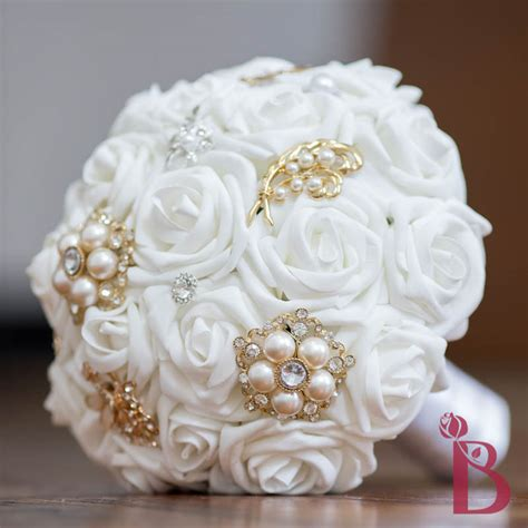 white  gold wedding bouquets
