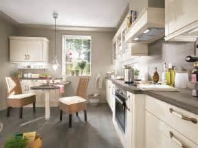 landhausstil küche yarial sitzecke küche paletten interessante ideen für die gestaltung eines raumes in