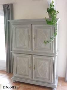 Meuble Gris Et Blanc : meuble tv avec croix de malte louis xii gris patin blanc photo de 1 meubles relookes ~ Teatrodelosmanantiales.com Idées de Décoration