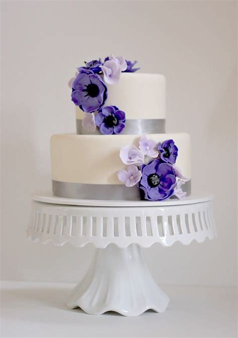 Two Tier Wedding Cake Small And Simple White Cake With