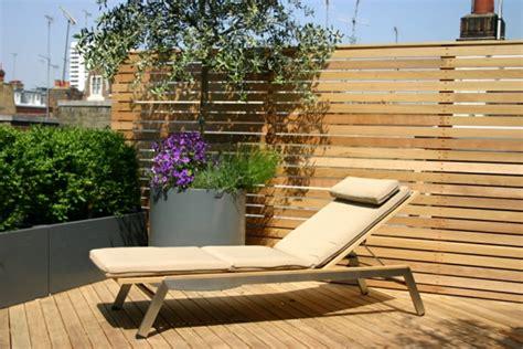 balkon bodenbelag holz sichtschutz für terrassen coole bilder terrassen designs