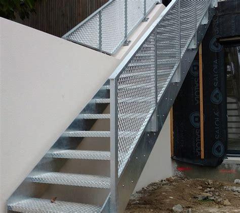 escalier métallique extérieur am 233 nagements ext 233 rieurs escaliers pergolas