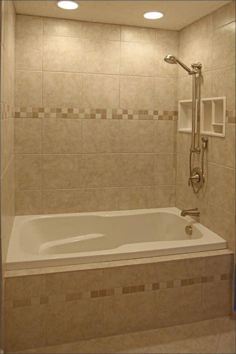 love    tub insert neutral warm tile