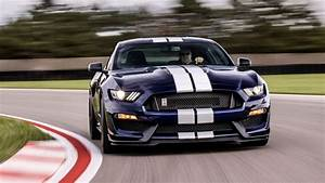2019 Ford Shelby GT350 offers even greater performance - Roadshow