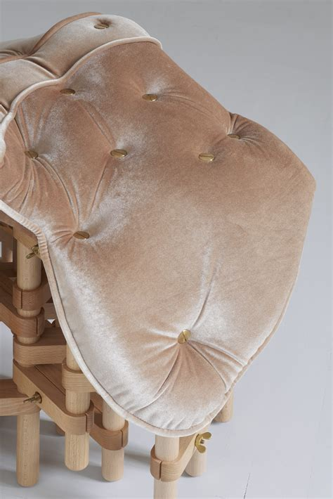 Copertina   Envisioned comfort - Saddle Chair